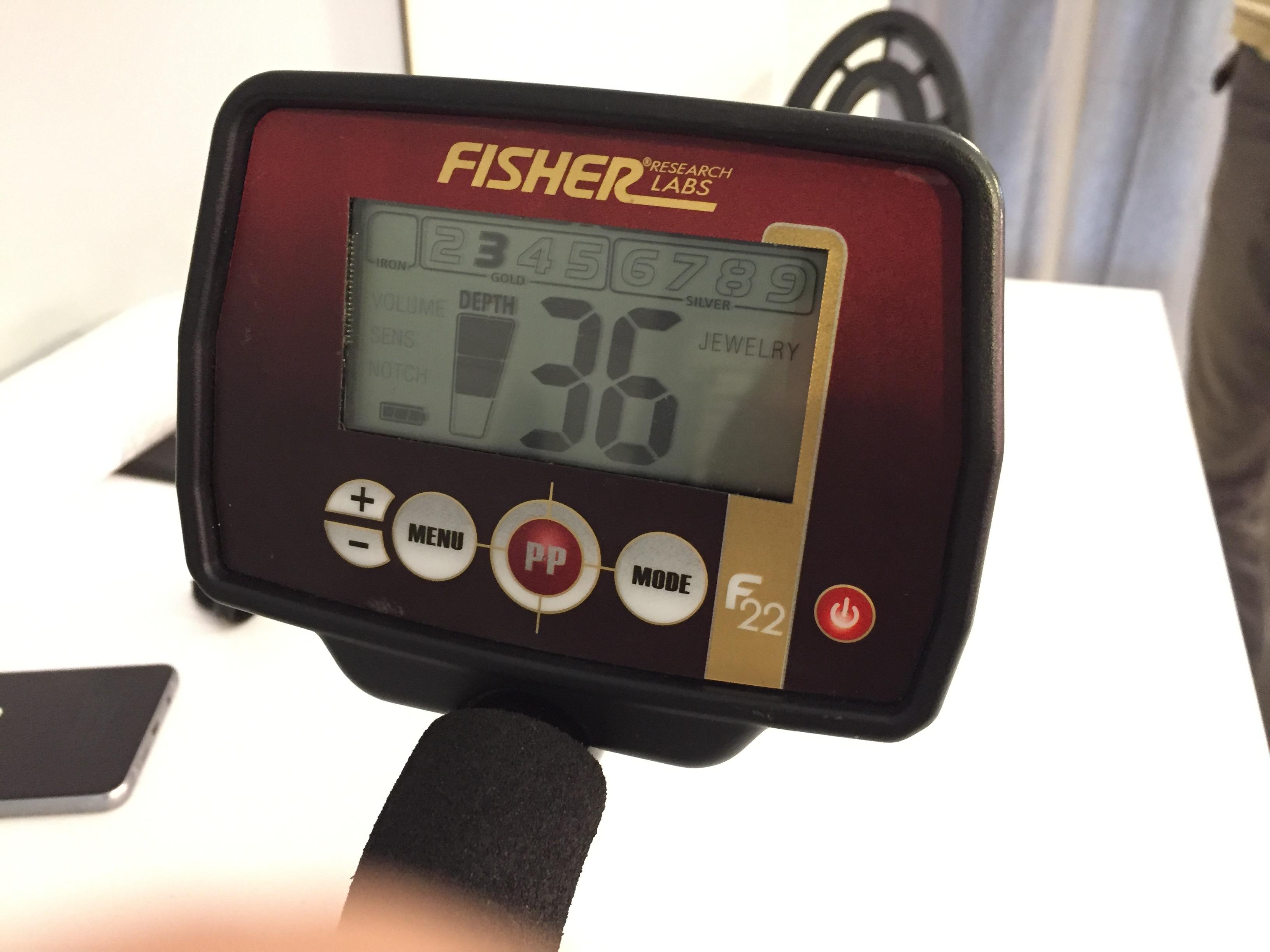 Zalany wykrywacz Fisher F22 - już naprawiony